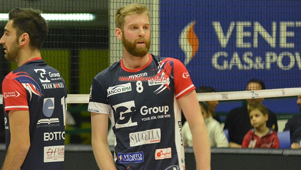 SUPERLEGA. Candy Arena sold out per l'anticipo tra Gi Group-Sir Safety Perugia