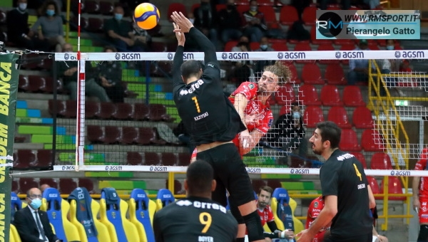 SCATTI SUL TARAFLEX. Superlega, NVR-Lube Volley