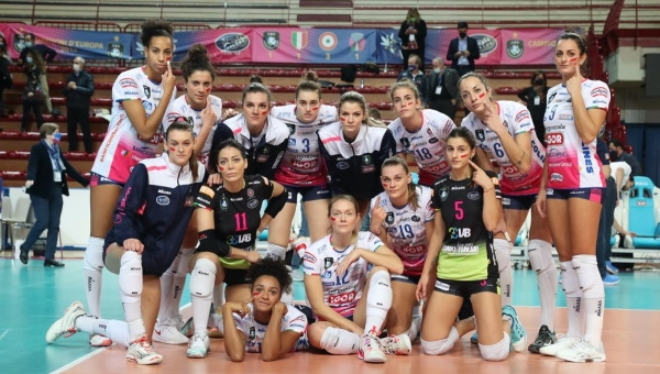 CHAMPIONS LEAGUE. L'Igor Gorgonzola fa il bis: superato il Vk Up Olomouc in tre set